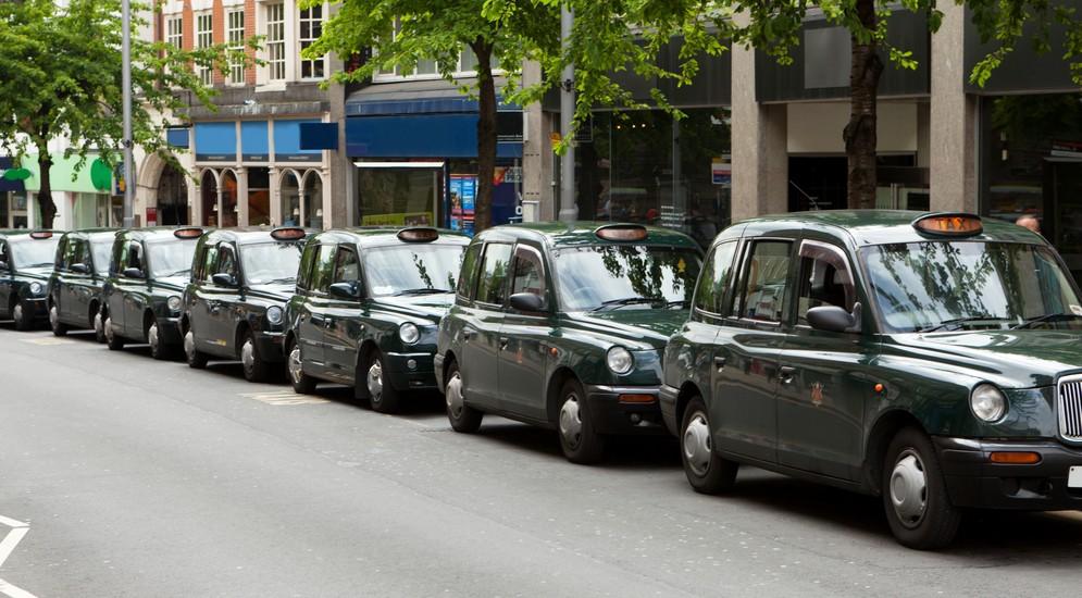 такси англия фото