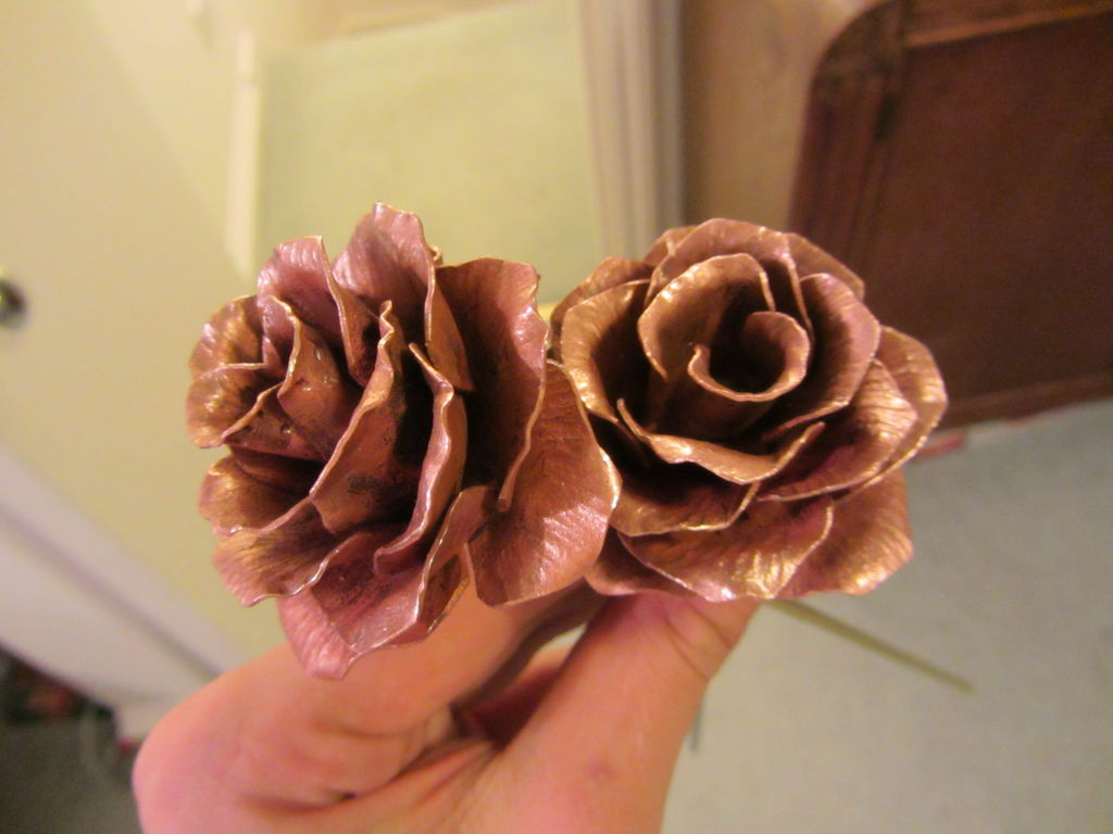 Изделия из металла Как сделать цветы своими