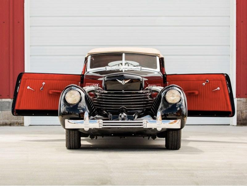 10. Batmobile 1937 года - Cord 812 Supercharged Phaeton. Hershey Motor Lodge, аукцион, олдтаймер, продажа авто