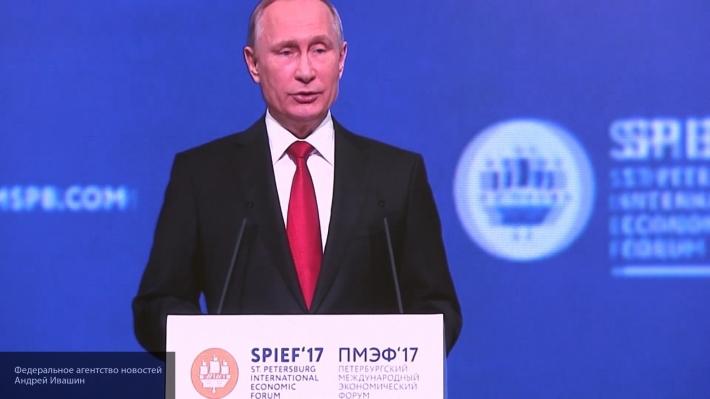 Владимир Путин считает, что ЦРУ может быть причастно к кибератакам в США