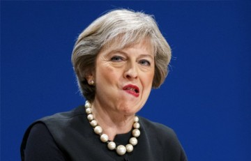 Мэй: Великобритания будет стремиться к налаживанию конструктивных отношений с РФ