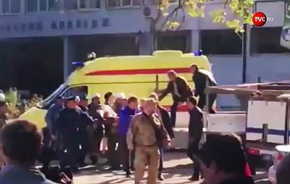 Первые кадры с места взрыва в керченском колледже
