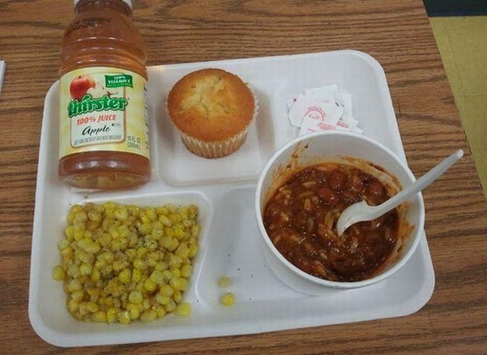 Школьная еда в разных стран мира (40 фото)