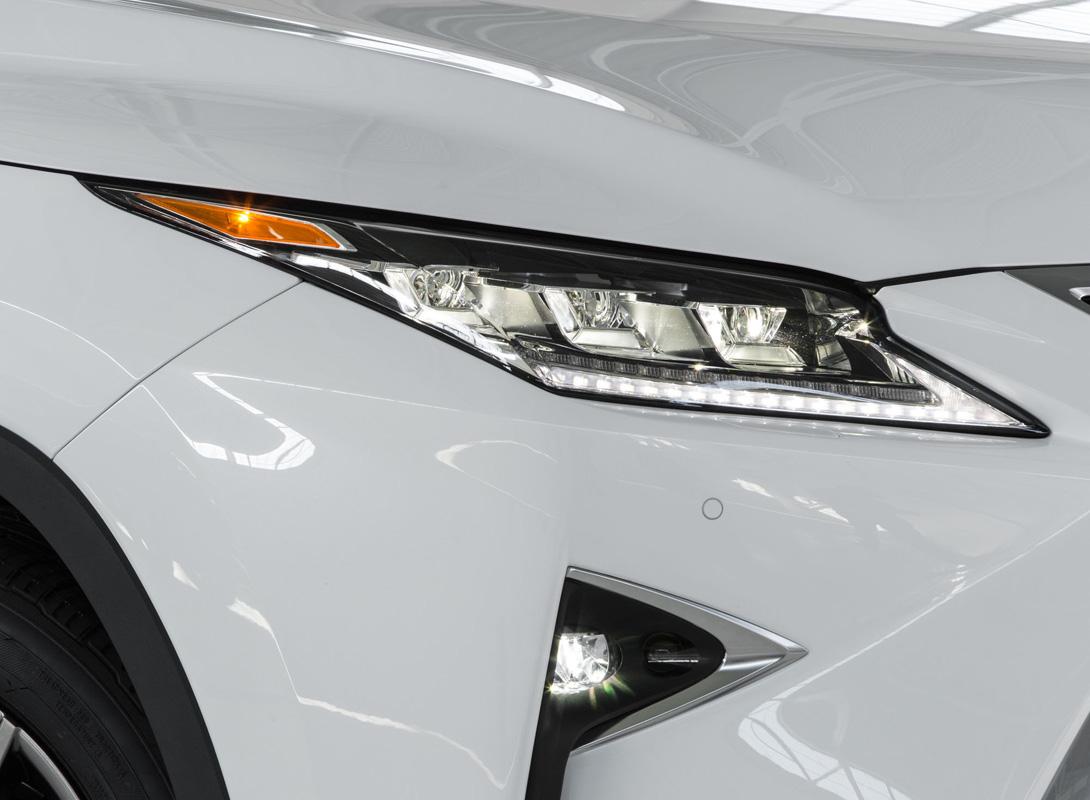 Lexus RX 2016: новый кроссовер с внешностью Хищника