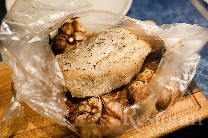 Запеченная телятина с чесноком