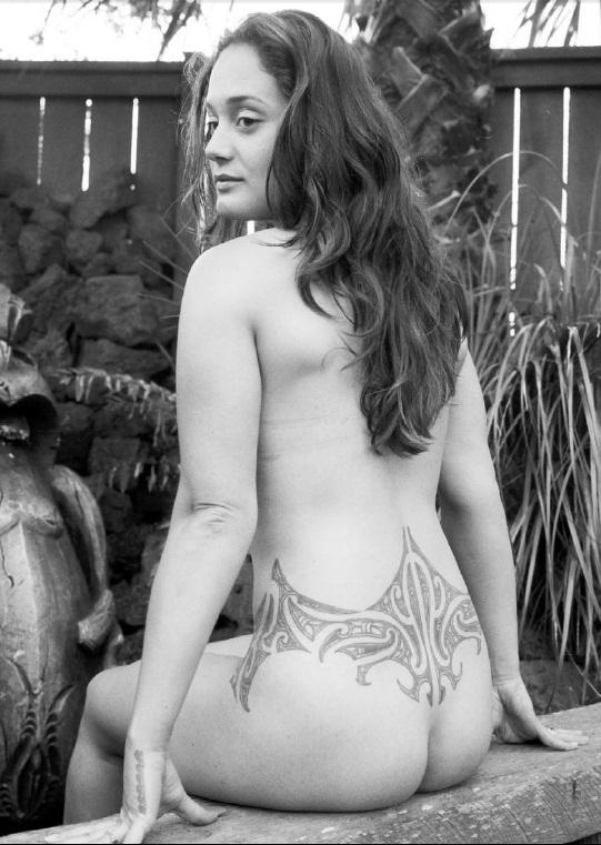 Голые девочки с татуировками фото 607-939