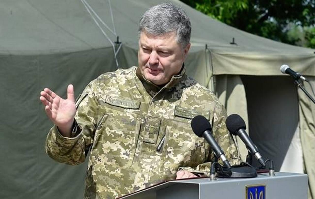 Порошенко зарабатывает на украинской армии во время войны