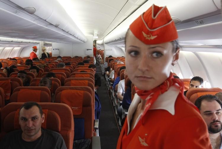 Что стюардессы на самом деле думают о пассажирах. Анонимные признания