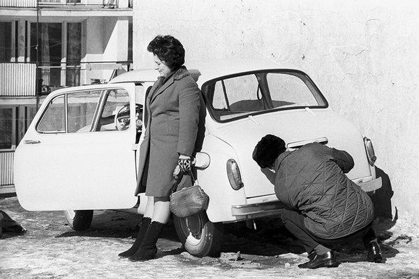 """Хитрости бывалых автомобилистов: читаем журнал """"За рулём"""" 1980 год"""