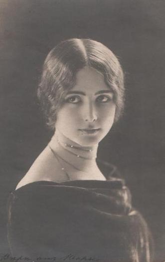 Танцовщица Клео де Мерод