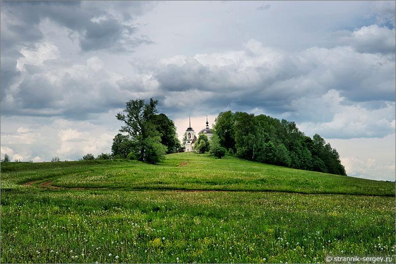 Очарование Деревенской Церкви