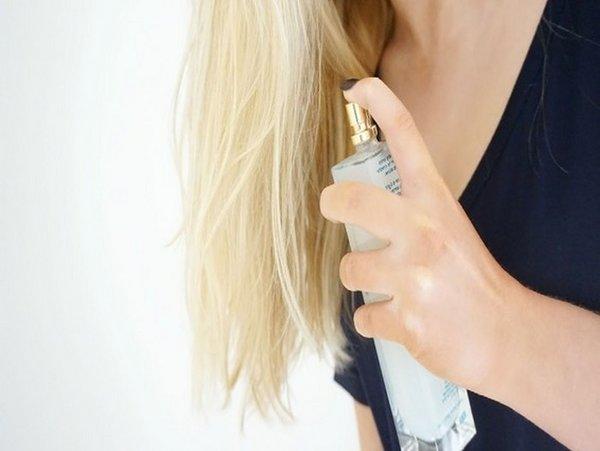 Если ваш любимый аромат держится недолго, возможно вы его неправильно наносите