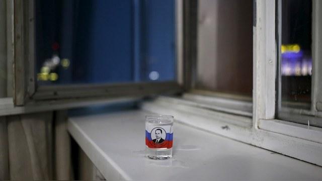Südwest Presse: Кризис и алкоголь подкашивают здоровье россиян