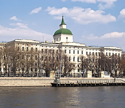 Сергей Шойгу должен остановить «сердюковский» разгром академии РВСН