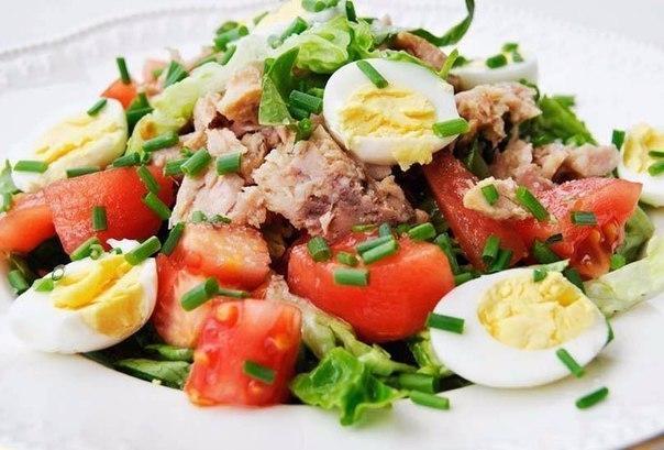 Правильное питание: идеи салатов для легкого ужина