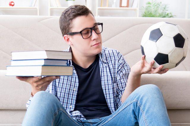 100 страниц про офсайд. Самые популярные книги о футболе