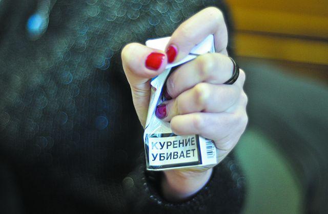 Кабмин обсудит варианты ограничения продажи табака до возраста 19-21 год