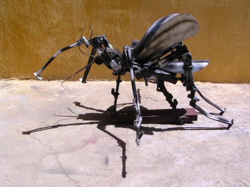 Необычные скульптуры и вещи из оружия  война, необычные вещи, прикол, юмор