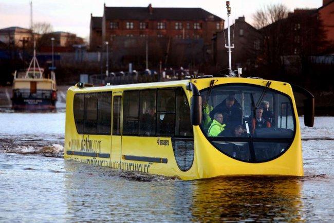 Необычный транспорт мира (15 фото)