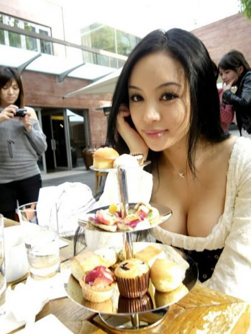 porno-zhenshini-vozraste-foto
