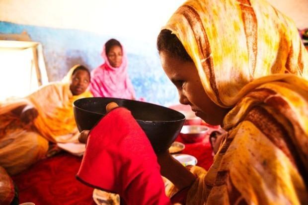 Антидиеты: как и почему мавританские девочки съедают по 16 тысяч калорий