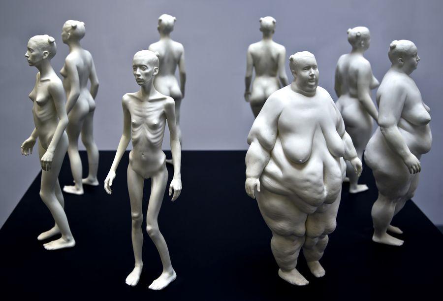 Провокационные скульптуры Теда Лоусона