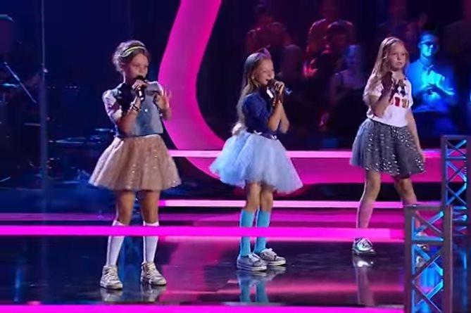 Три маленьких звездочки перепели известную песню и прославились этим на всю Сеть!