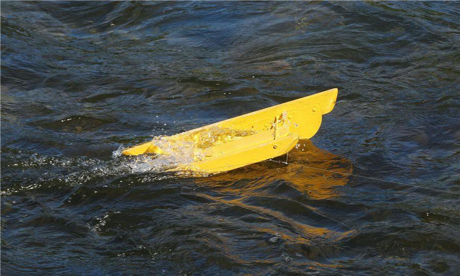 Почему кораблик отдаляется от берега кораблик, рыбалка