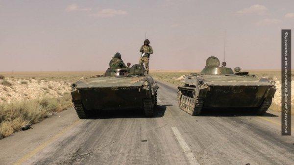 Рывок к авиабазе Абу Духур: сирийская армия берёт в клещи боевиков «ан-Нусры» в Алеппо