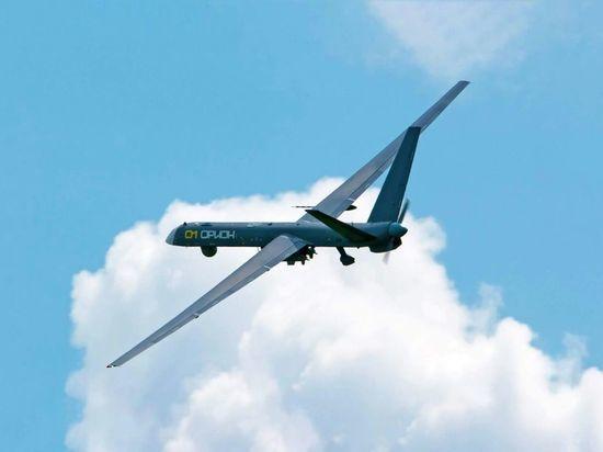 """Беспилотный летательный аппарат """"Орион"""" с подвешенным вооружением"""