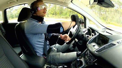 Костюм Drugged Driving Suit