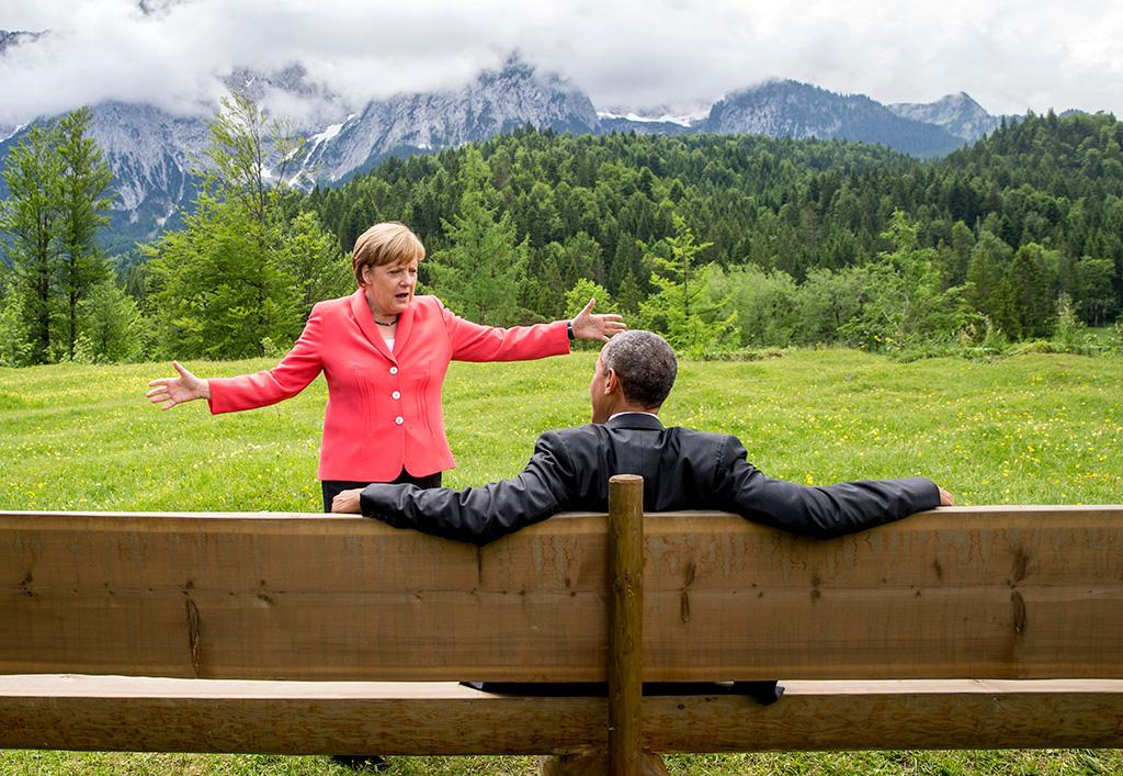 Обама: Экономика России ослаблена благодаря санкциям