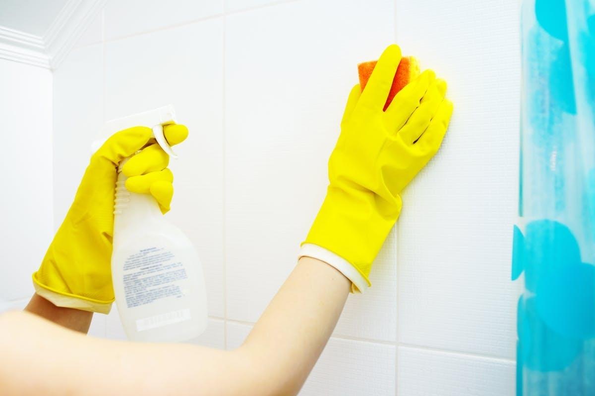 Как уборка в доме, поможет выпустить пар или снять стресс