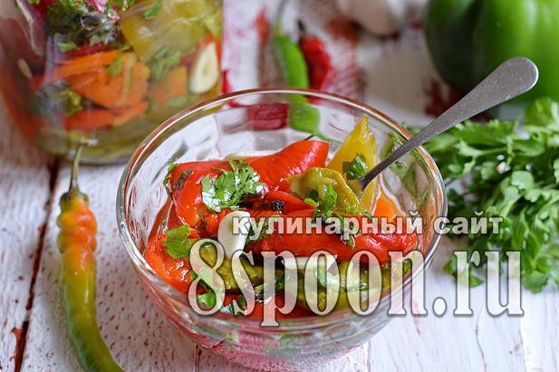 Печеный перец на зиму с чесноком и зеленью_11