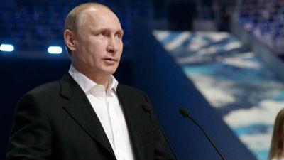 Путин урезал себе и Медведеву зарплату на 10%