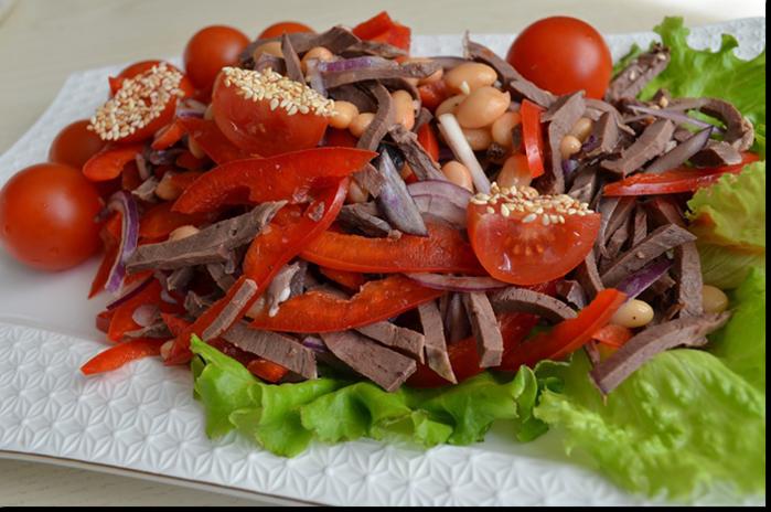 Салат будапешт с говядиной