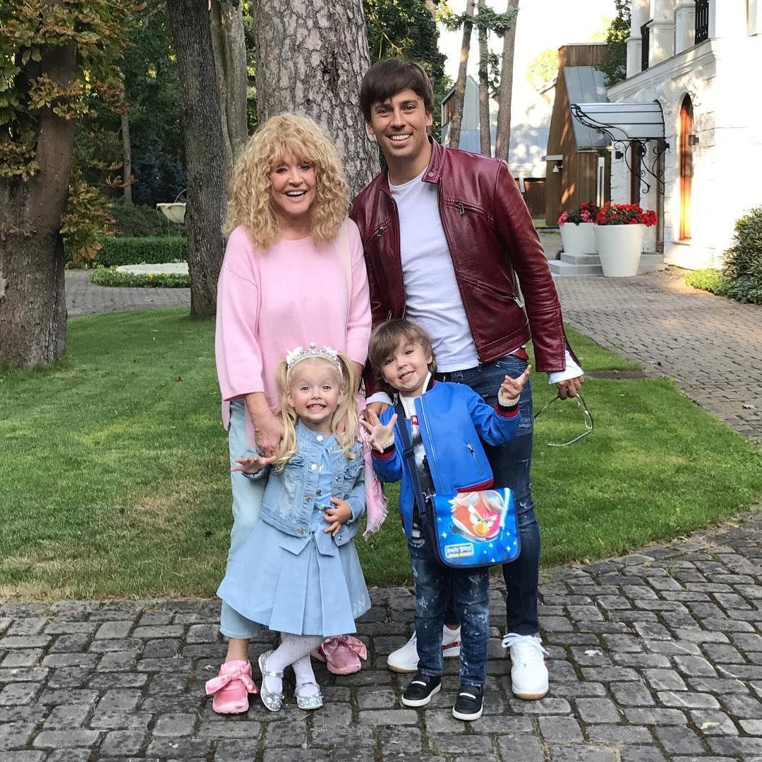 Максим Галкин приучает детей к порядку