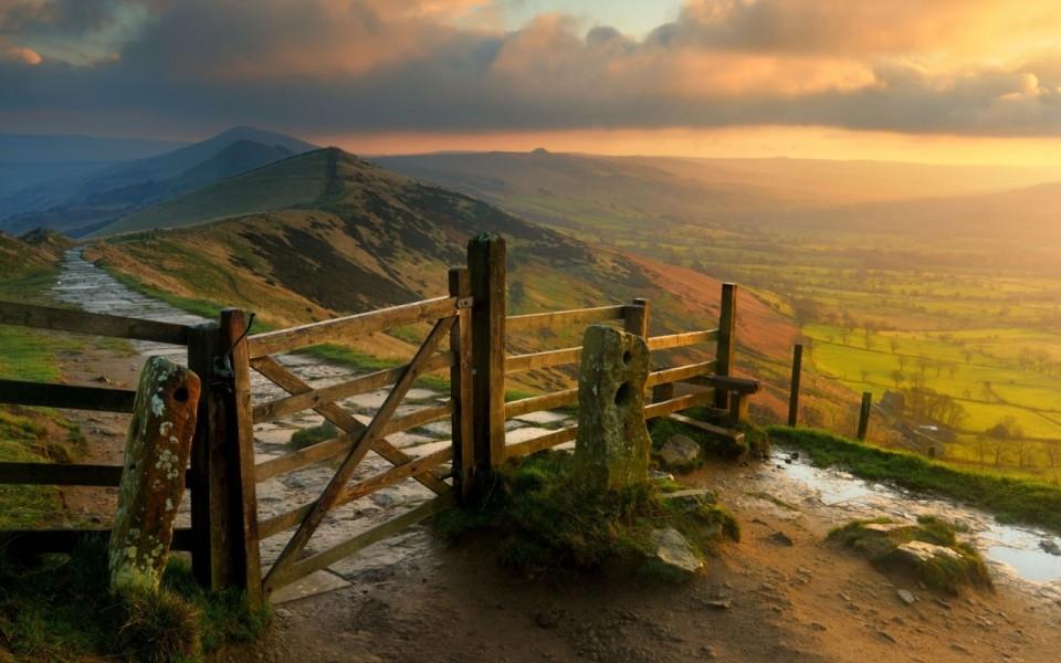 Национальный парк Пик-Дистрикт (Peak District) в Англии