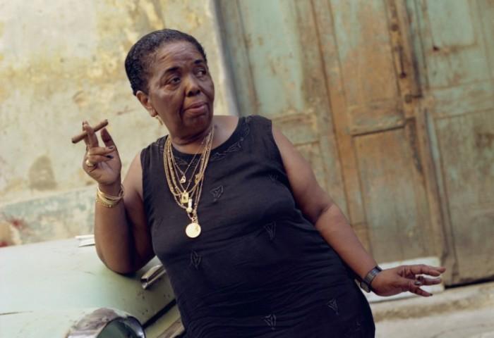 Сезария Эвора: «Besame Mucho» с креольским акцентом