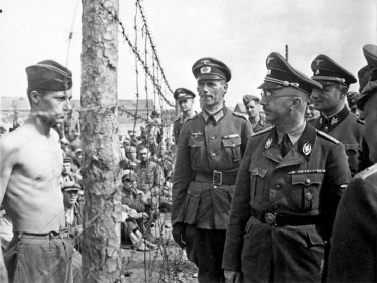 Генрих Гиммлер инспектирует лагерь длясоветских военнопленных