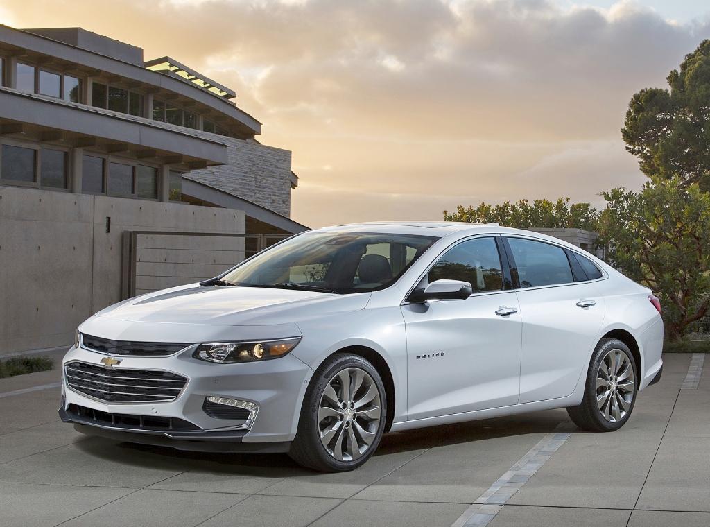 Названы претенденты на звание лучшего автомобиля в США