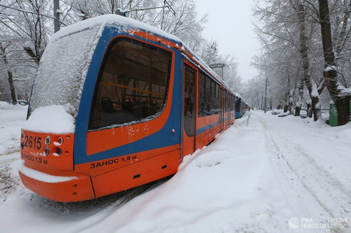 Житель Краснодара арендовал трамвай и катал людей бесплатно