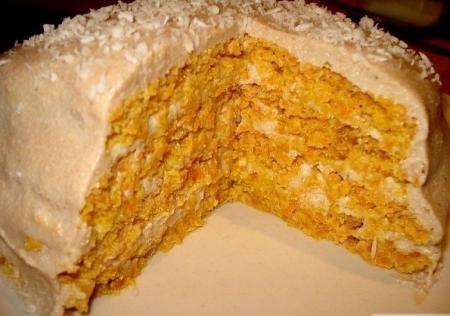 Фитнес-тортик с морковью и курагой.