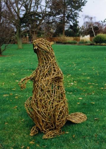 Фигурки из прутьев для сада своими руками схемы