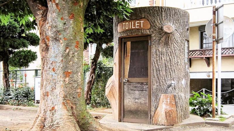 Японец фотографирует общественные туалеты и называет это исследованием
