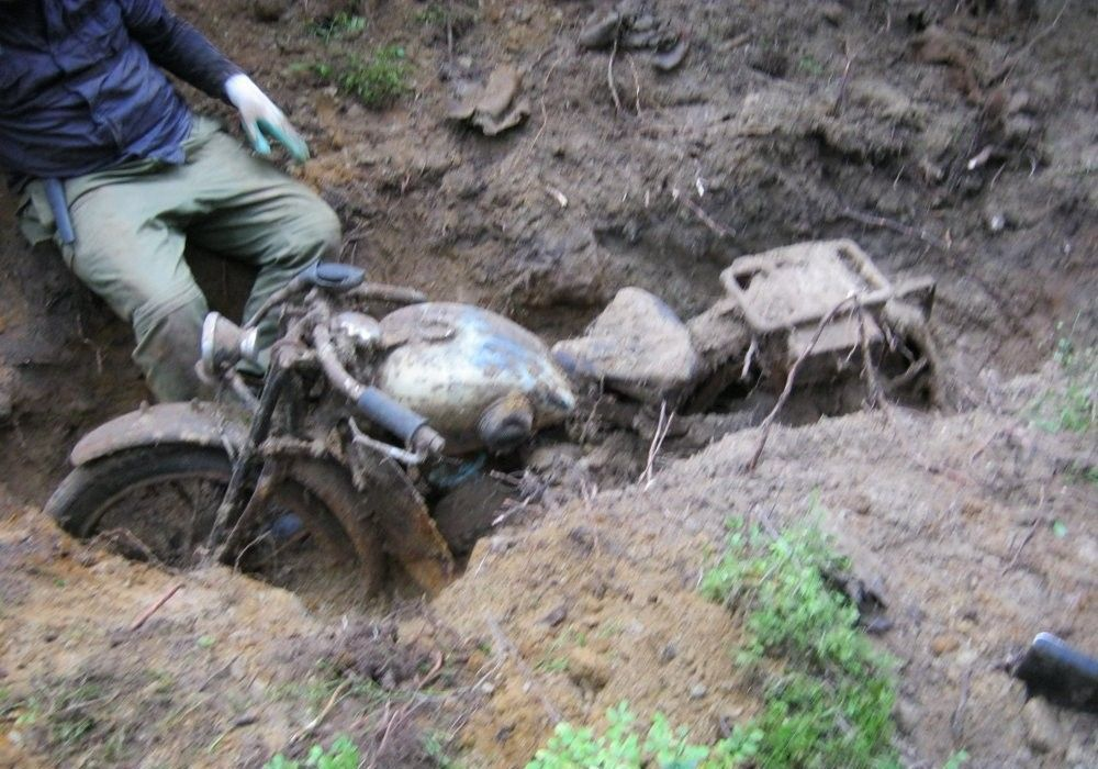 Находка в лесу при помощи металлоискателя (9 фото) - хитрост.