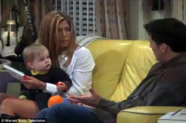 """Секрет съемок: как сегодня выглядит девочка, которая играла Эмму, дочь Рейчел и Росса из сериала """"Друзья"""""""