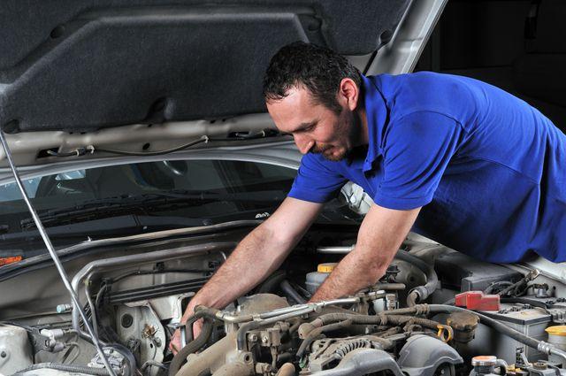 Считаем деньги. Как сэкономить на обслуживании автомобиля?