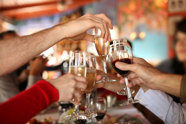 Ученые нашли способ сделать алкоголь полезным для печени