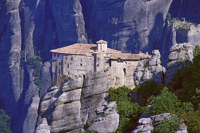 Фото Монастыри Метеоры, Греция. 12 (700x466, 104Kb)
